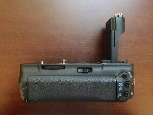 CANON BATTERY GRIP BG-E6 FOR 5D MARK 2 North Sydney North Sydney Area Preview