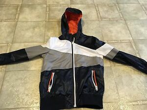 Small/6/7 lightweight jacket Stratford Kitchener Area image 1