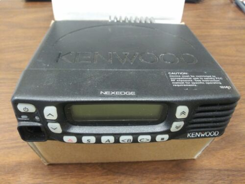 Kenwood  NX-820HG-K2 45 W, 400-470 Mhz, 260 Channels/128 Zones - Bench Tested
