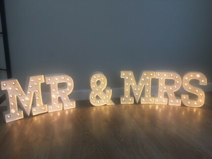 Hire Mr Mrs Wedding Sign