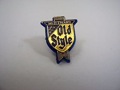 Vintage Collectible Pin: Heilemans Old Style Beer Blue & Gold Tone