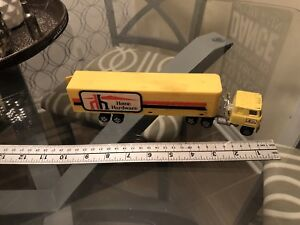 Ertl Home Hardware Tractor & Trailer Set 1:64 Diecasts Loose