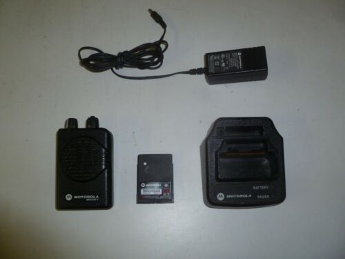 Motorola Minitor V 151-158.9 MHz VHF Stored Voice 2 Ch Fire EMS Pager /Charger o