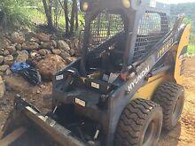 Bobcat dry hire DIY 3.5 ton big machine bulk work $300 day Tewantin Noosa Area Preview