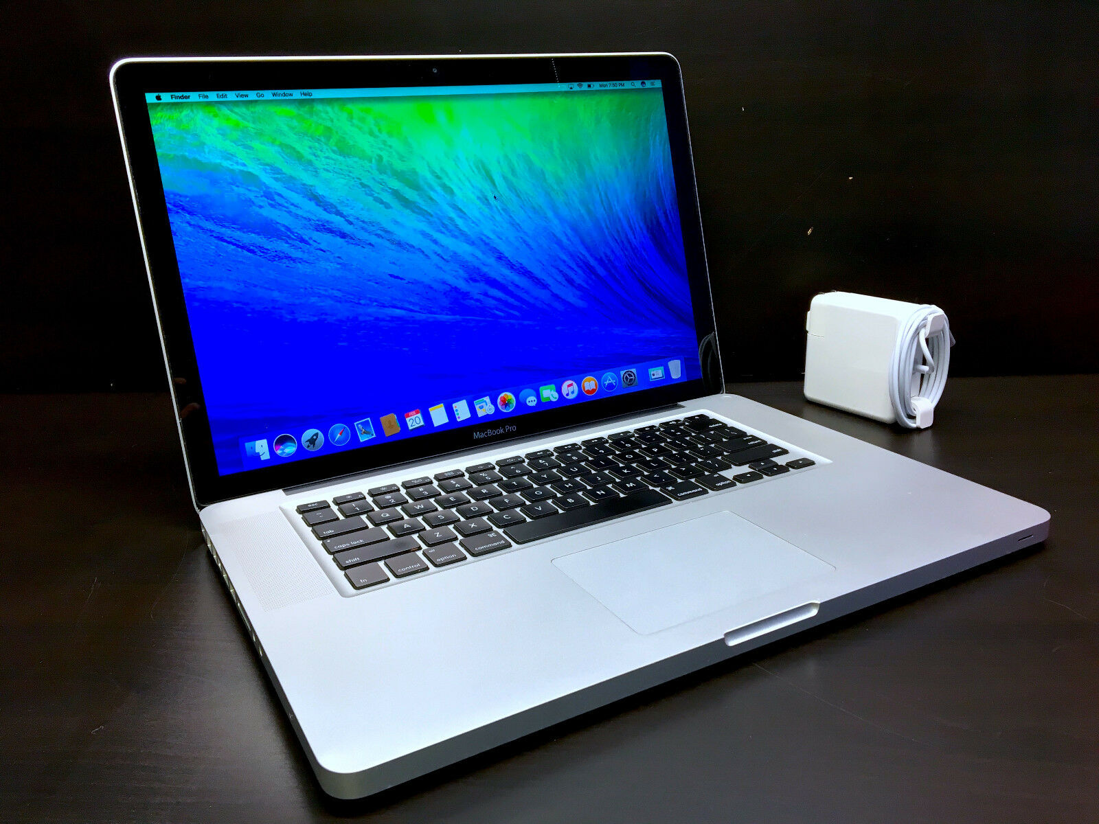 Macbook Pro - Apple MacBook Pro 15 inch OSX-2015 *THREE YEAR WARRANTY* Fully Loaded 500GB HD!