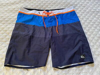 Mens Quiksilver Shorts Size 40