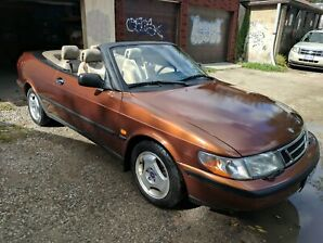 Saab 900 convertible one of a kind!