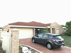 2 Bedrooms available to share with a family in Huntingdale Huntingdale Gosnells Area Preview