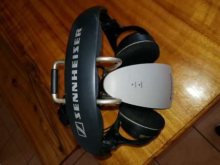 Sennheiiser cordless headphones. Helensvale Gold Coast North Preview