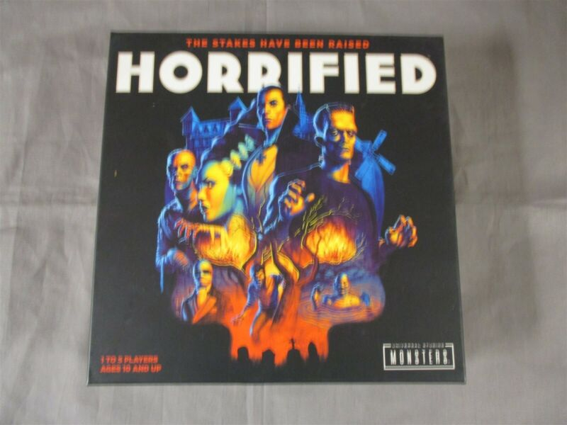 OEJ ~ Horrified ~ Universal Studios Monsters ~ Cooperative Board Game