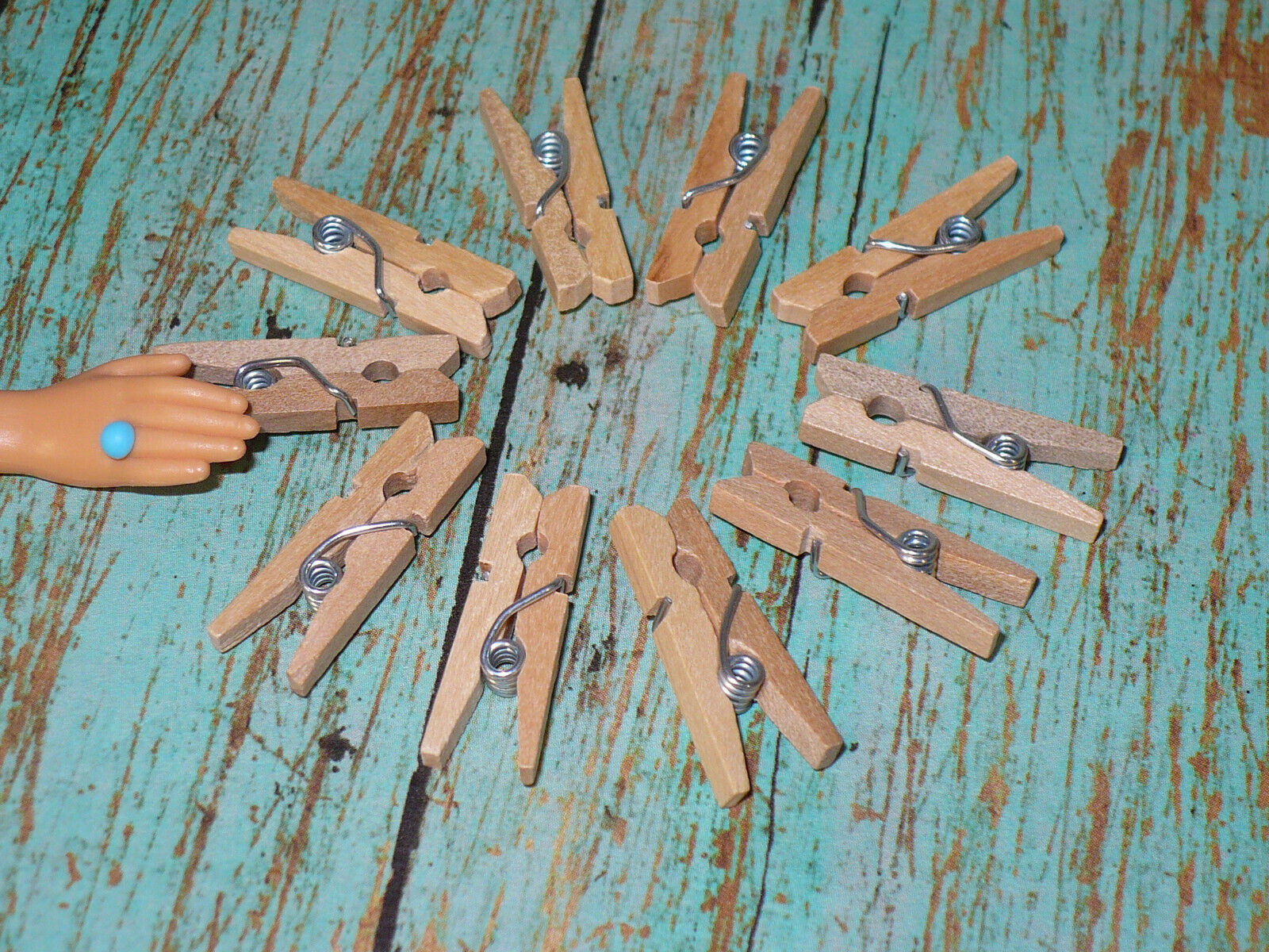 Barbie Doll Size WOODEN CLOTHESPINS Accessory Lot Of 10 DREAMHOUSE Accessories  - $7.99