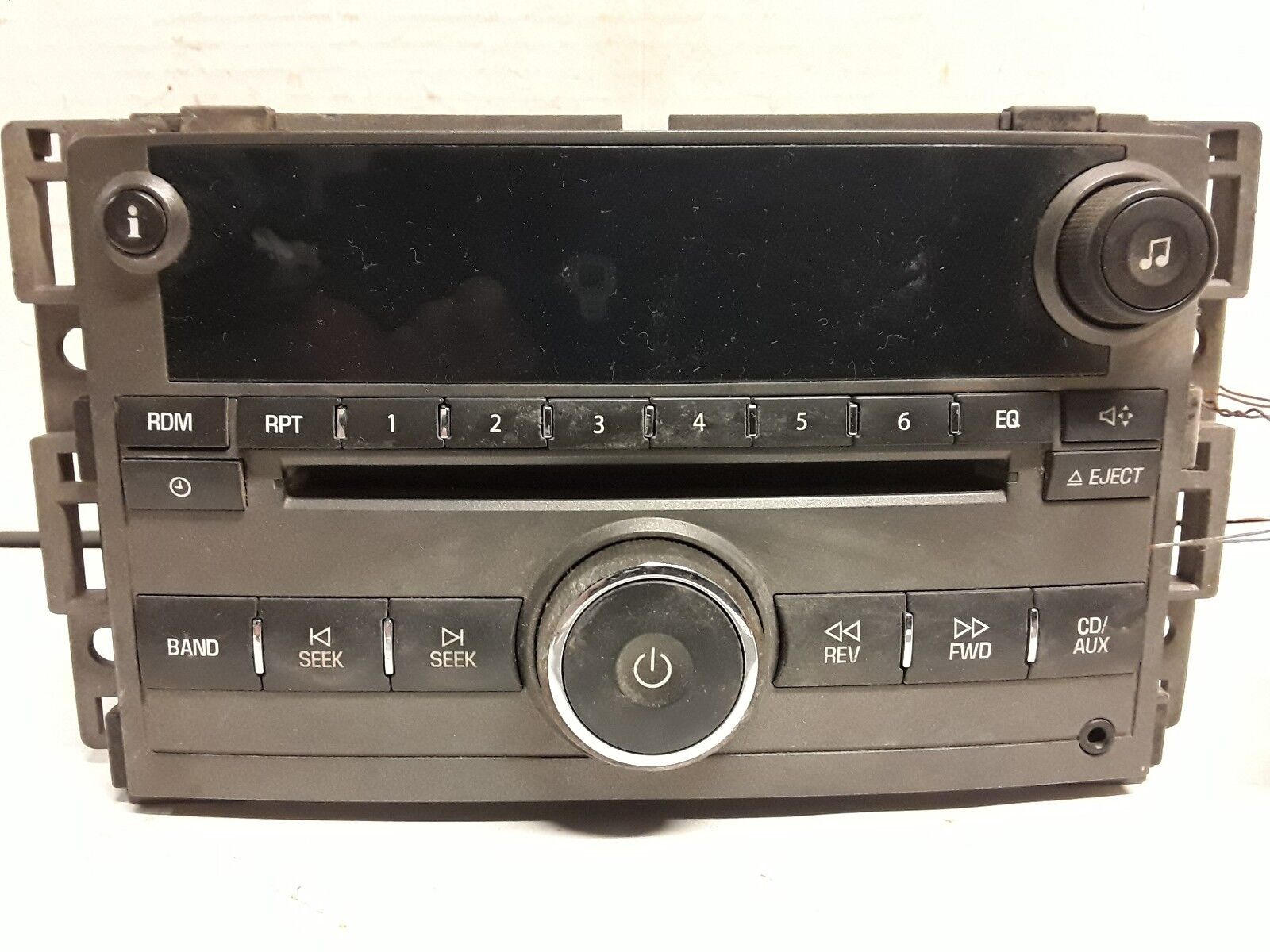 06 07 08 Chevy HHR AM FM CD radio receiver OEM 15812373