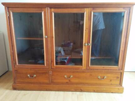 Free Solid Oak Timber TV Unit with internal TV stand (removable) Maroubra Eastern Suburbs Preview