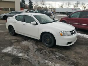 2013 Dodge Avenger SXT | HEATED SEATS | AUTO | AIR CONDITIONING