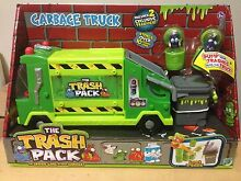 BRAND NEW - trash pack garbage truck with 2 trashies in bins Sylvania Sutherland Area Preview