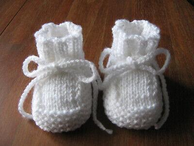 Babystiefel*Babyschuhe*Socken*gestrickt*Handarbeit*weiß*warm*ca.9 cm*Taufe*Neu