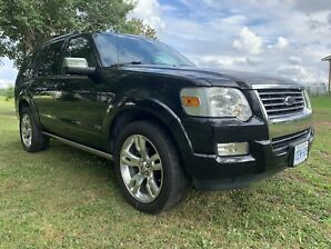 FULLY LOADED - FORD EXPLORER - Low Km - Private Sale