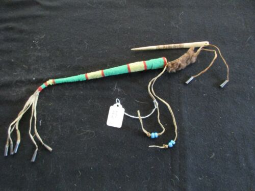 NATIVE AMERICAN BEADED AWL CASE with AWL, 2 PIECES TOGETHER   ATL-0821*05685