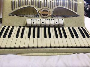 A very nice pigini ladies model piano accordion Bondi Eastern Suburbs Preview