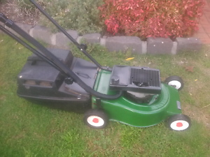 Victa 2 stroke mower with catcher and Warranty immaculate order Sunbury Hume Area Preview