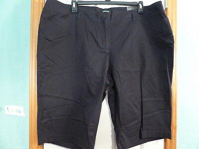 NWT Avenue Women's Black Bermuda Stretch Shorts Size 24 RV $29.95