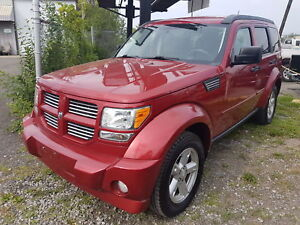 Dodge Nitro 4X4 Leather, Sunroof, Loaded Very Sharp