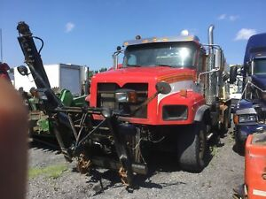 2007 INTERNATIONAL 5600 SNOW PLOW TRUCK