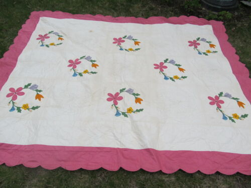 Exquisitely Quilted & Appliqued ANTIQUE Summer Coverlet QUILT, Floral, Crafts