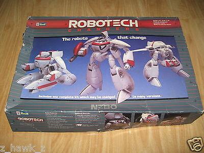 REVELL: 1/38 Robotech Changers - Nebo