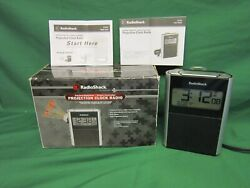 New Radio Shack Projection Clock Radio, Daytime/Nighttime, Atomic Controlled