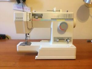 Almost brand new singer sewing machine(to be repaired) Randwick Eastern Suburbs Preview