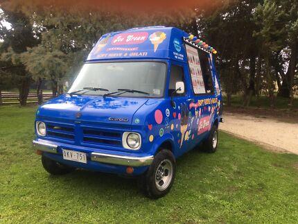 ice cream van / food van / FOR SALE
