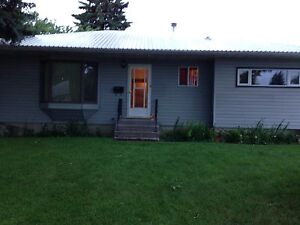 Estevan bungalow for rent