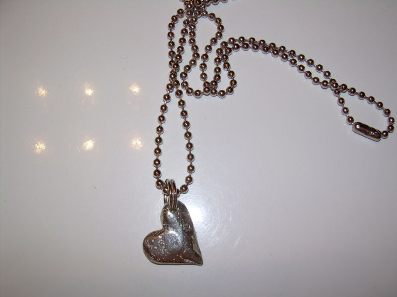 Sundance Catalog Pewter heart pendant on base metal chain