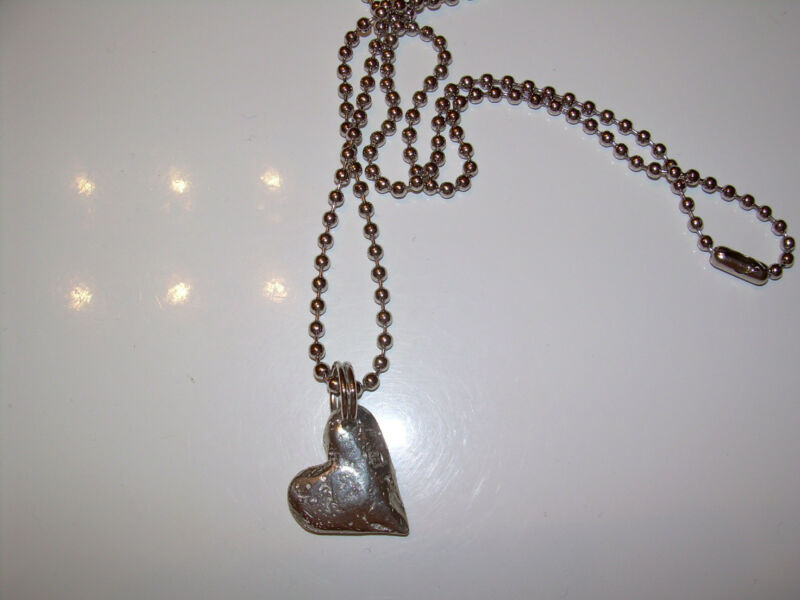 Sundance Catalog Pewter heart pendant on base metal chain