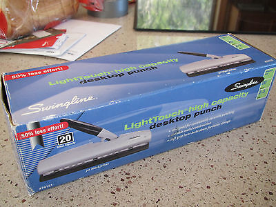 Swingline Desktop 2-3 Hole Punch 74131