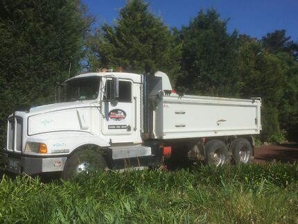 Tipper truck work wanted, subcontractor.