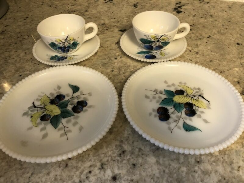 VTG Westmoreland Beaded Edge White Milk Glass Cups Saucers Plates Fruit Design