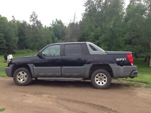 2002  Chevy Avalanche