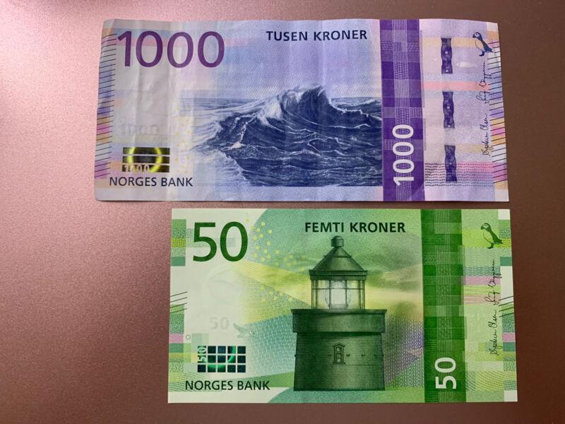1000 + 50 Norway Kroner Banknotes. 1050 Norwegian  Kroner Total. 2 Cir Bills.