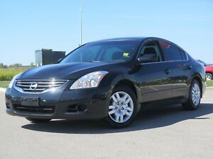 2012 Nissan Altima 2.5 S. Clean!!