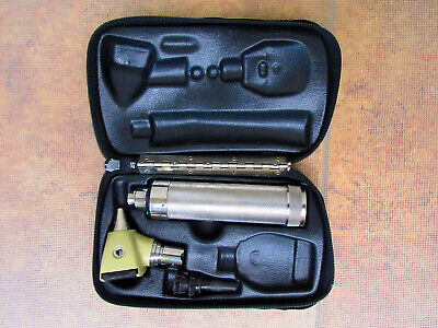 Welch Allyn Diagnostic Set Otoscope 3.5v C Battery Handle Specula 71000 240a