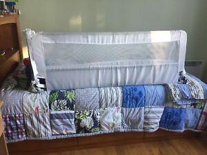 Barrière pour lit simple ou double.