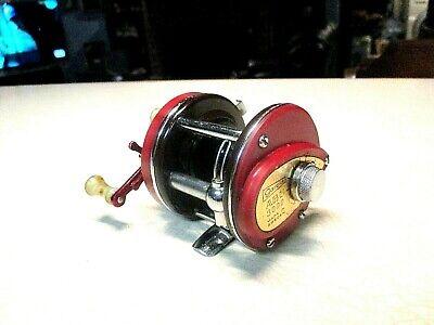 ABU GARCIA AMBASSADEUR FISHING REEL - RED 3000 - CLEAN & WORKS GOOD..