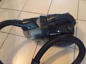 Oreck 2200 Portable Vacuum