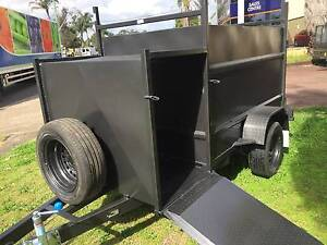 FULLY ENCLOSED 7X4 WITH COMPRESSOR BOX 12 MONTHS PRIV REGO $3200 Penrith Area Preview