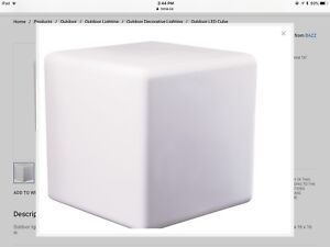 Outdoor LED Cube Light
