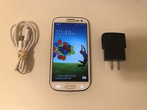 Samsung GalaxyS3 in great condition!Factory Unlocked+accessories