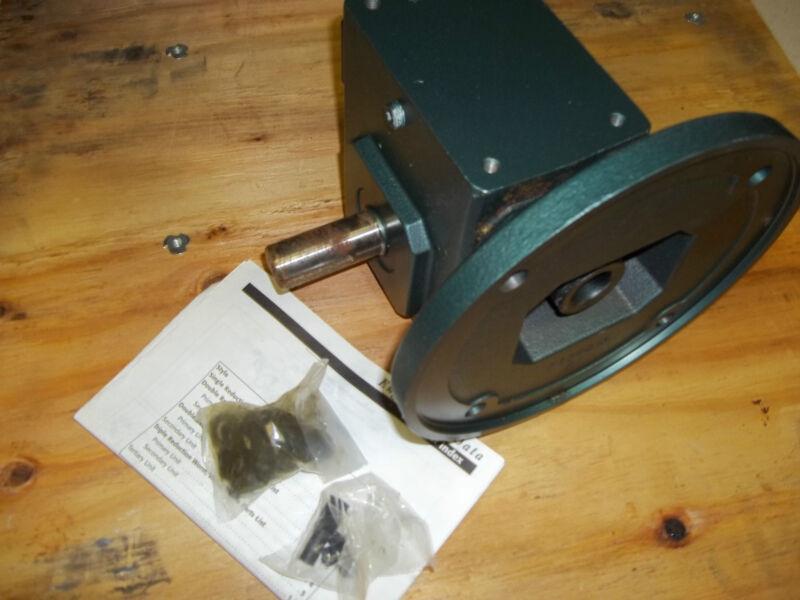 NEW GROVE GEAR FLEXALINE BMQ224-2 frame 180tc WORM GEAR SPEED REDUCER RATIO 15:1