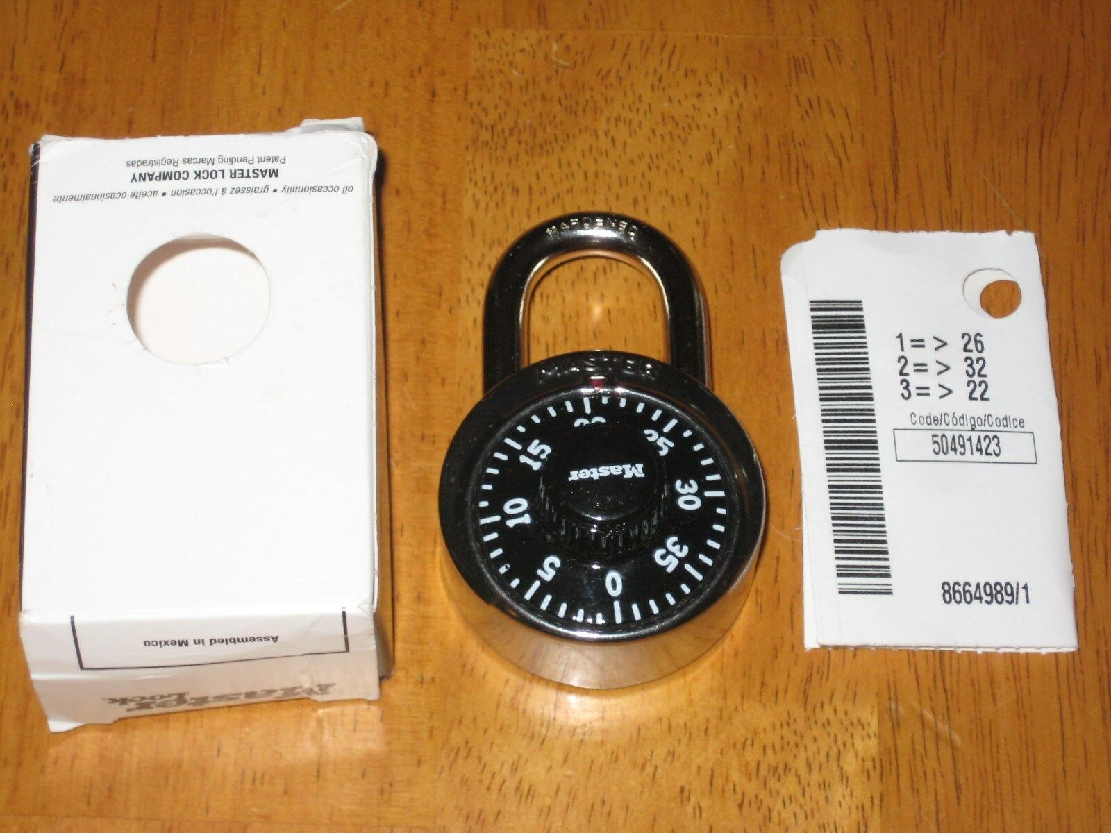 Padlock Master Lock with box & combination insert for school